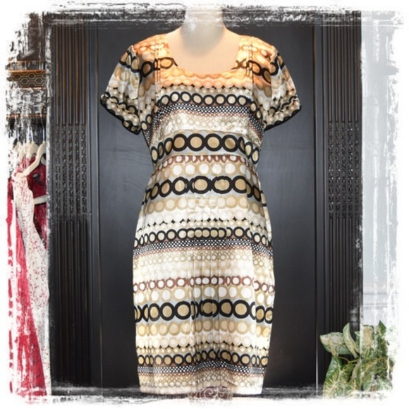 JULIAN TAYLOR Dresses & Skirts - FABULOUS Julian Taylor Dress!